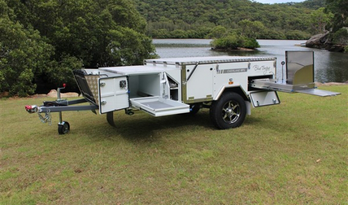 The Benefits Offered by Forward Fold Camper Trailers